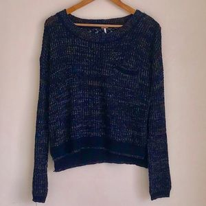 FREE PEOPLE XS BLUE FRONT POCKET SWEATER